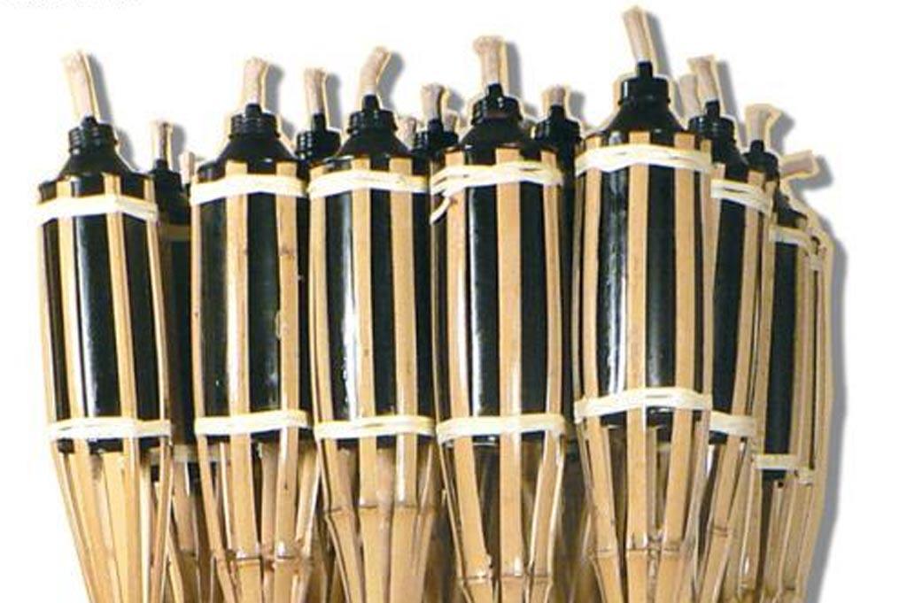 Consejos para usar antorchas de bamb for Antorchas para jardin combustible