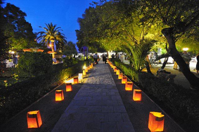 Gu a de iluminaci n para terrazas y jardines en eventos blog eut pica - Iluminacion de jardines ...